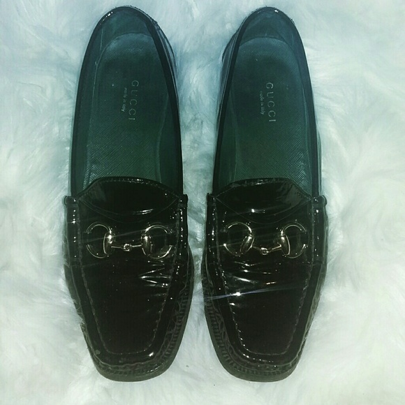 b0fb522209e Gucci Shoes - Authentic Gucci loafers. Used condition.
